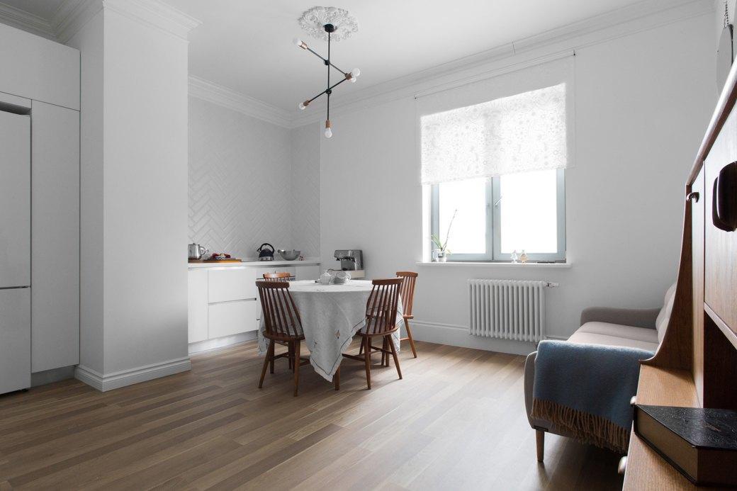 Лаконичная квартира вшведском стиле вновом доме наПетроградской стороне (Петербург). Изображение № 5.