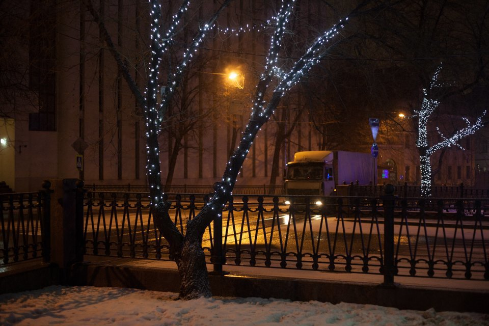 Как украсили Москву кНовому году. Изображение № 27.