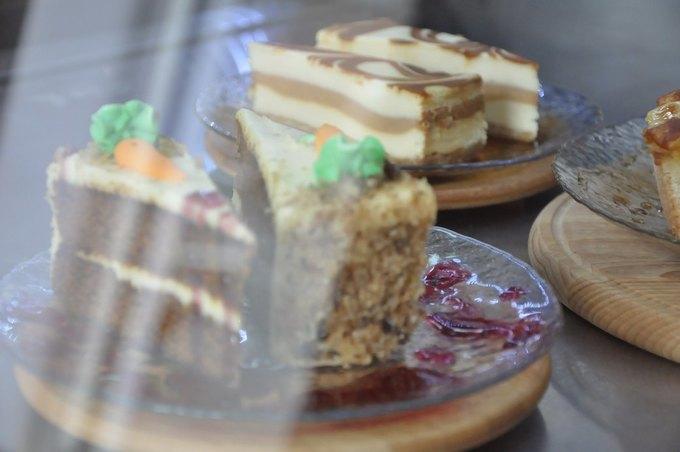 Третья вгороде кофейня «Бери ибеги» открылась наПетроградской стороне. Изображение № 4.