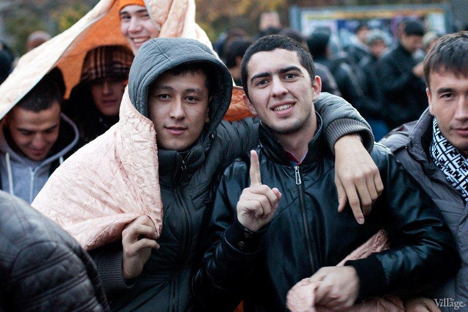 Люди в городе: Как отмечали Курбан-байрам в Москве и Петербурге. Изображение № 27.