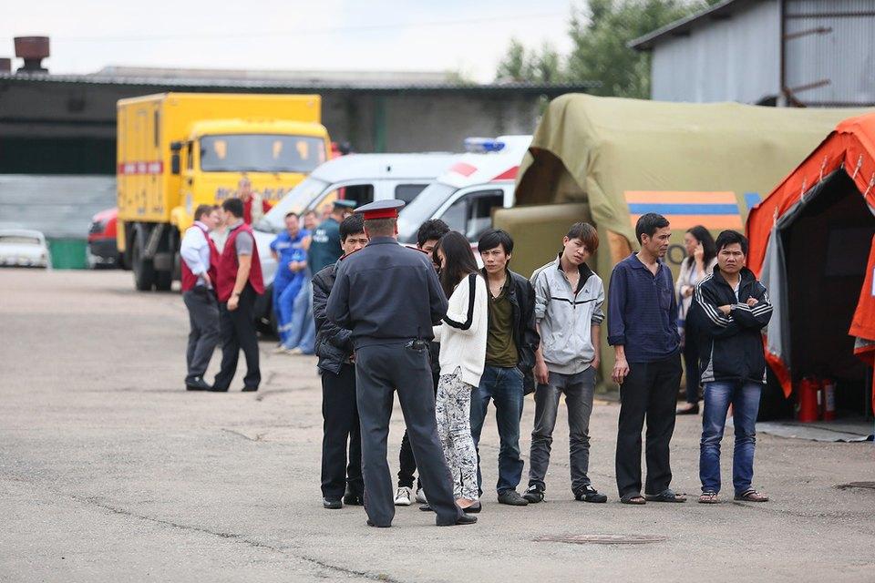 Фото дня: Палаточный лагерь для нелегальных мигрантов в Москве. Изображение № 2.