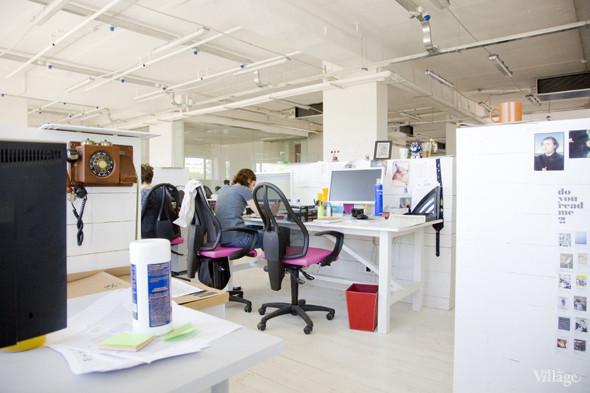 Офис недели: «Большой Город» и Slon.ru. Изображение № 43.