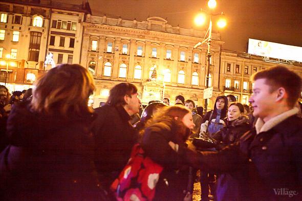 Хроника выборов: Нарушения, цифры и два стихийных митинга в Петербурге. Изображение № 54.