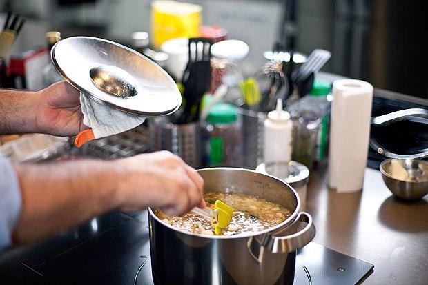 Шеф дома: Грузин и итальянец готовят по рецептам бабушек. Изображение № 36.