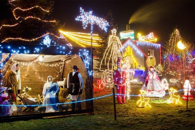 Как у них: Что делают в новогоднюю ночь жители Индонезии, Польши и Колумбии. Изображение № 26.