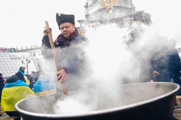 Работа со вспышкой: Фотографы — о съёмке на «Евромайдане». Изображение № 41.