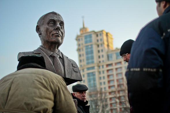 Падение кумиров: В парке «Музеон» демонтировали незаконные памятники. Изображение № 18.