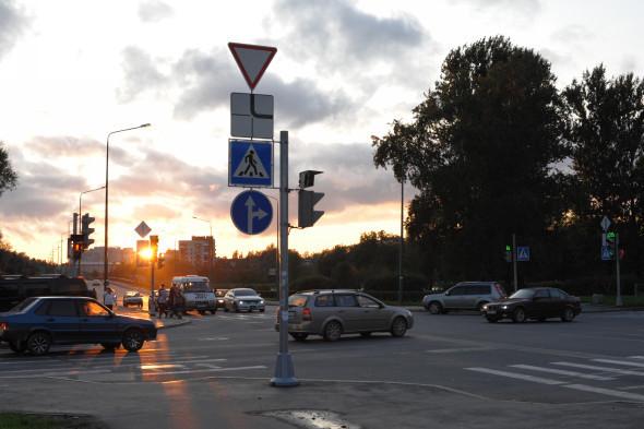 Перекресток улицы Ремизова и Красной улицы. Изображение № 13.