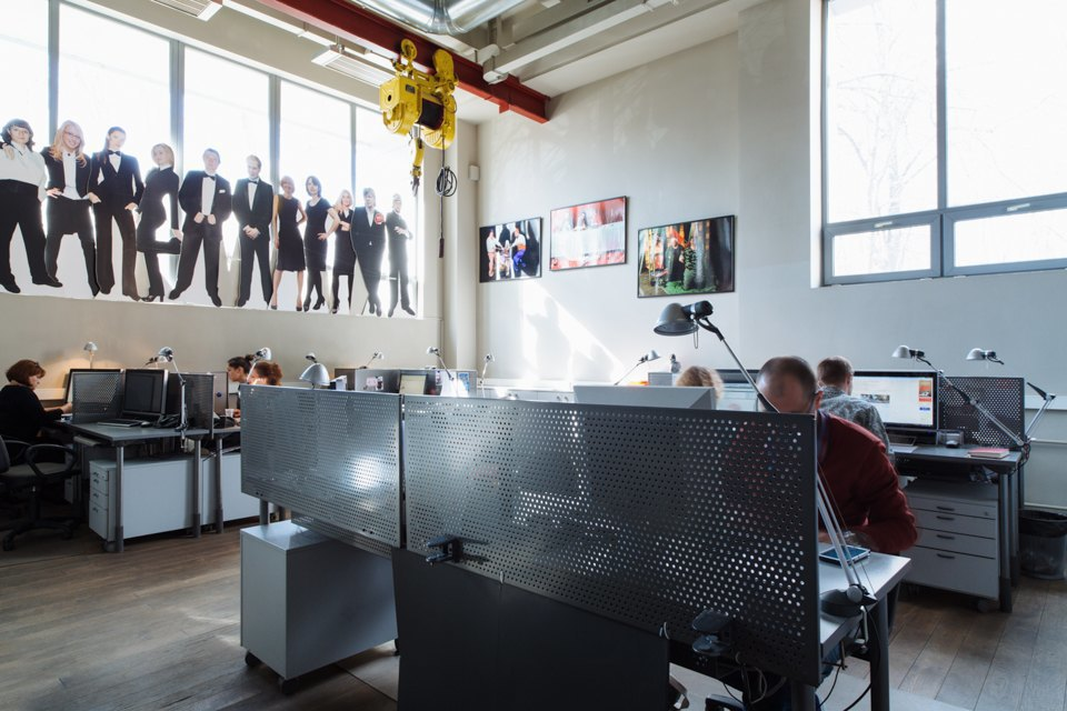 Офис радиостанции «Серебряныйдождь». Изображение № 33.