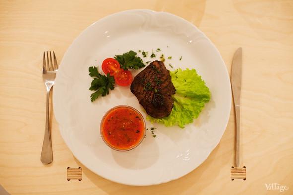 Стейк из говядины — 290 рублей. Изображение № 41.