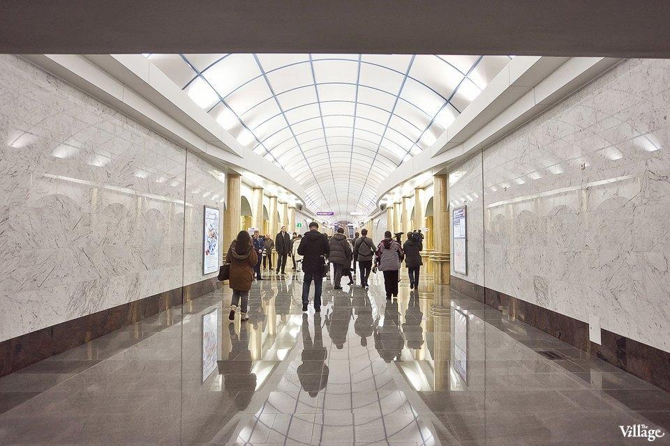 Фоторепортаж: Станции метро «Международная» и«Бухарестская» изнутри. Изображение № 25.
