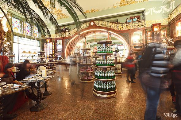 Фоторепортаж: Открытие отреставрированного «Елисеевского магазина». Изображение № 14.