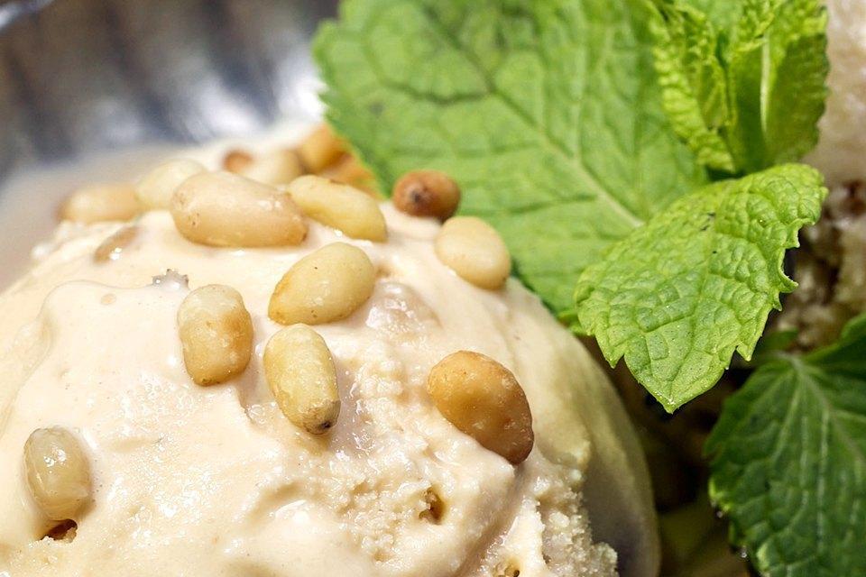 Мороженое: 32вида снеобычными вкусами. Изображение № 26.