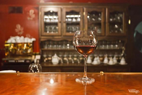 Вино красное Malbec — 250 рублей за бокал. Изображение № 33.