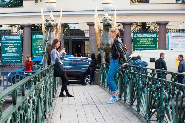 Эксперимент The Village: Самые популярные места для фотографий из Петербурга. Изображение № 10.