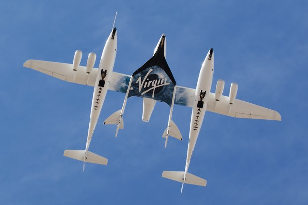 SpaceShipTwo и White Knight Two. Фото: Jeff Foust. Изображение № 1.