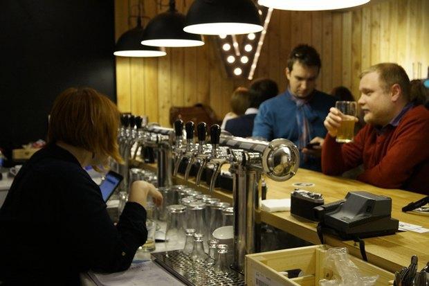 В«Этажах» открылся бар «Выдержка» сотечественным пивом исидром. Изображение № 3.