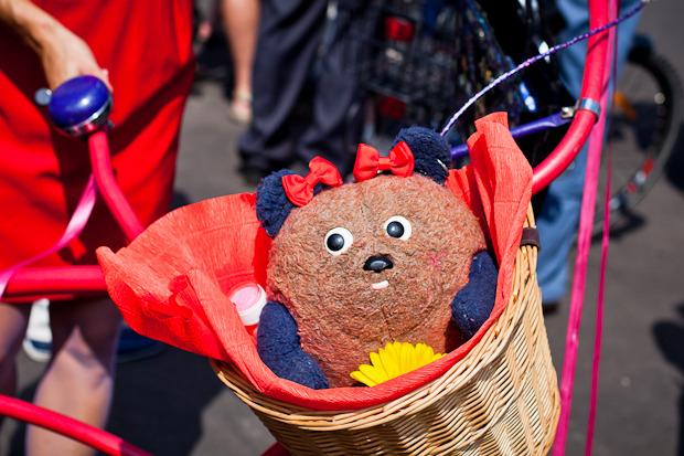 Люди в городе: Участницы парада «Леди на велосипеде». Изображение № 16.