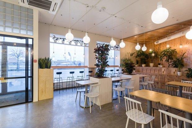 Нанабережной Макарова заработала кофейня «Радости». Изображение № 1.