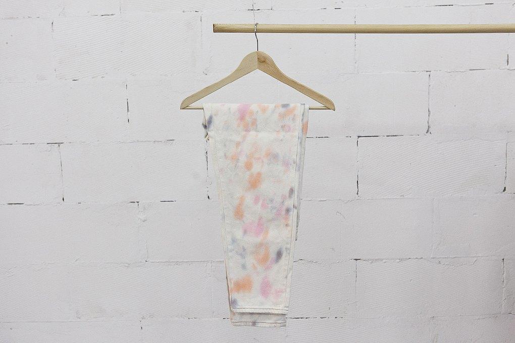 Окрашено: Как Tie-Dye Maniac делают бизнес настарой одежде. Изображение № 5.