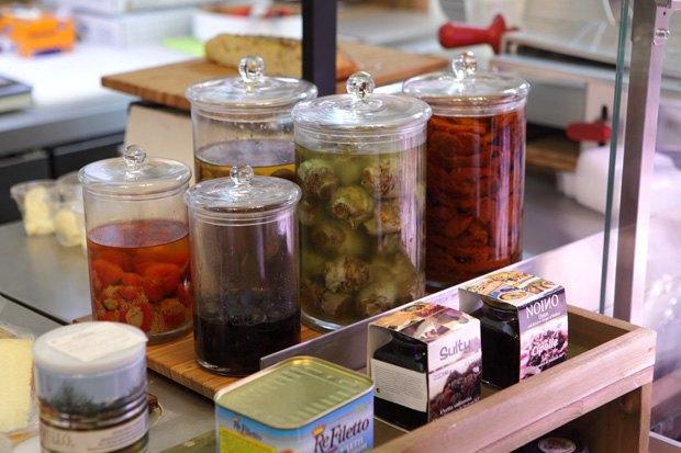 На Малой Бронной открылся магазин итальянских продуктов Don Giulio Salumeria. Изображение № 3.
