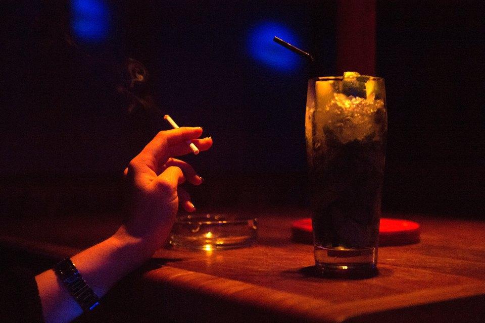 Последний день курения в клубах, ресторанах ибарах. Изображение № 4.