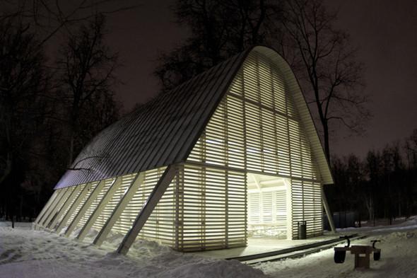 Деревянная архитектура: Летний «Пионер», офис ВТБ и шахматный клуб в Нескучном саду. Изображение № 30.