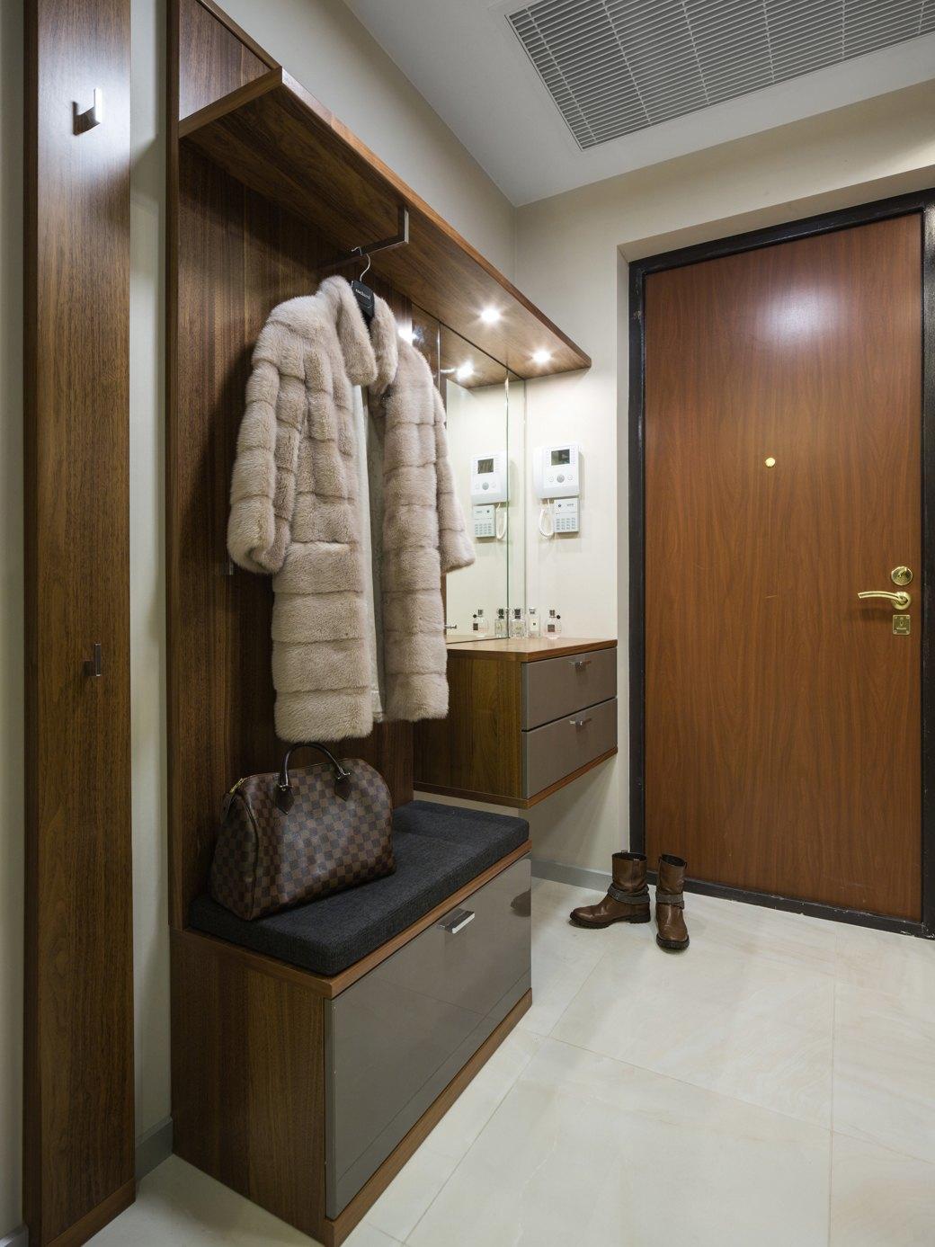 Большая квартира сострогим интерьером в«Парадном квартале» (Петербург). Изображение № 25.