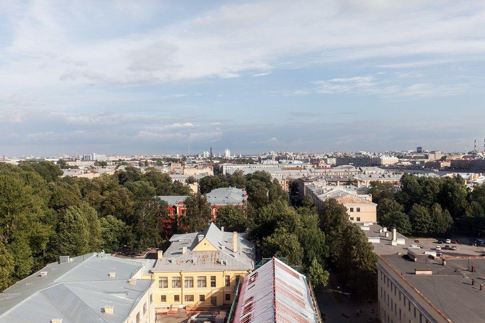 Мужская квартира с панорамным видом на город. Изображение № 6.