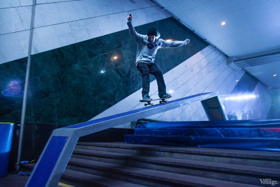 Фото ночи: Скейтерский чемпионат в метро. Изображение № 17.