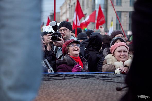 Фоторепортаж: Митинг против фальсификации выборов в Петербурге. Изображение № 22.