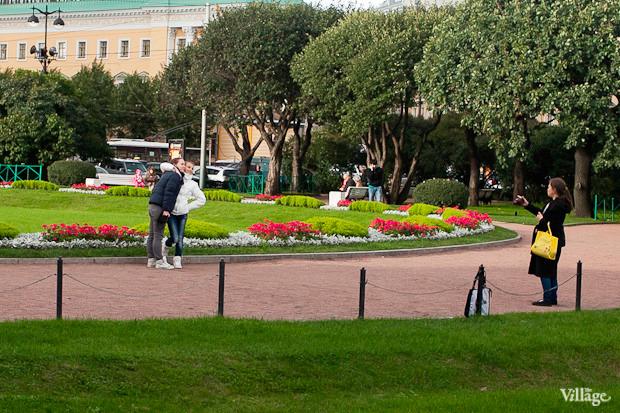 Эксперимент The Village: Самые популярные места для фотографий из Петербурга. Изображение № 14.