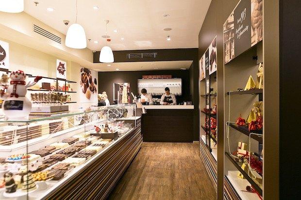 ВСтолешниковом переулке открылось первое вРоссии шоколадное кафе Leonidas. Изображение № 3.