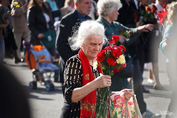 День Победы в Москве и Петербурге: Как гуляют и о чём вспоминают ветераны 9 Мая. Изображение № 53.