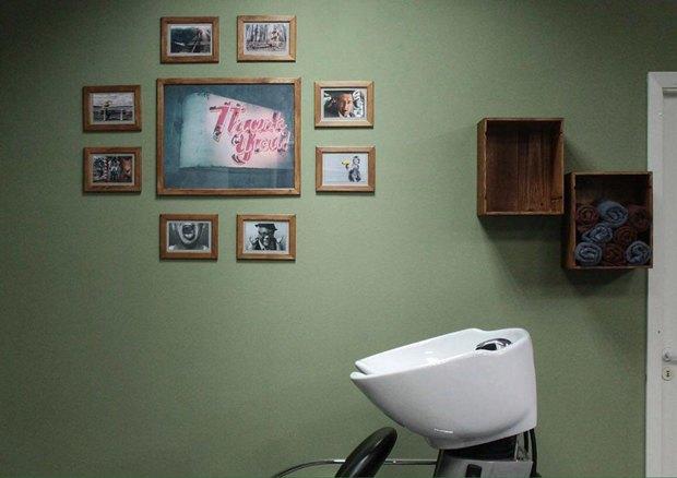 На «Новочеркасской» открылась мужская парикмахерская «Морж». Изображение № 3.