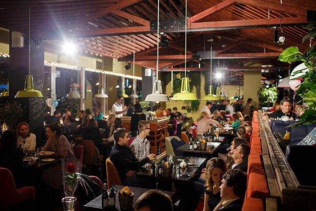 В Озерках открылся самый большой вгороде ресторан «Марчелли's». Изображение № 1.