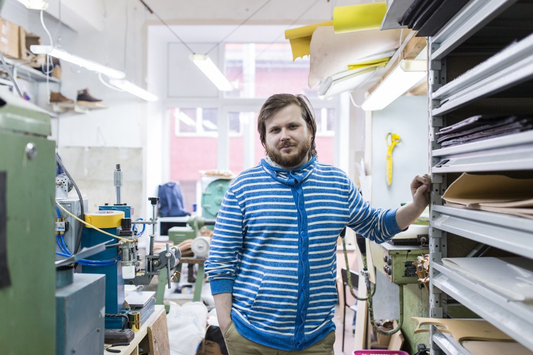 «Пришёл запрос от стилистов Леди Гаги»: Кто икак делает обувь вПетербурге. Изображение № 3.