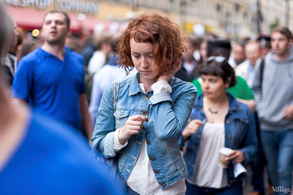 Фоторепортаж: «Народный сход» вподдержку Навального вПетербурге. Изображение № 26.