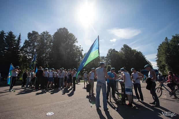 Фоторепортаж: День Воздушно-десантных войск в Петербурге. Изображение № 6.