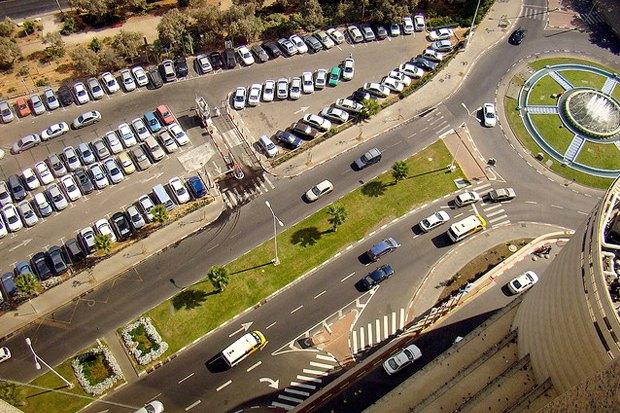 Как у них: Жители 5 столиц оплатных парковках. Изображение № 9.
