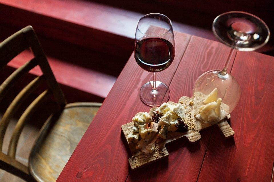 Винный бар prostovino в«Третьем кластере». Изображение № 10.