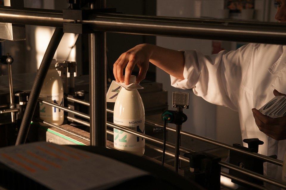 Как делают молочные продукты. Изображение № 20.