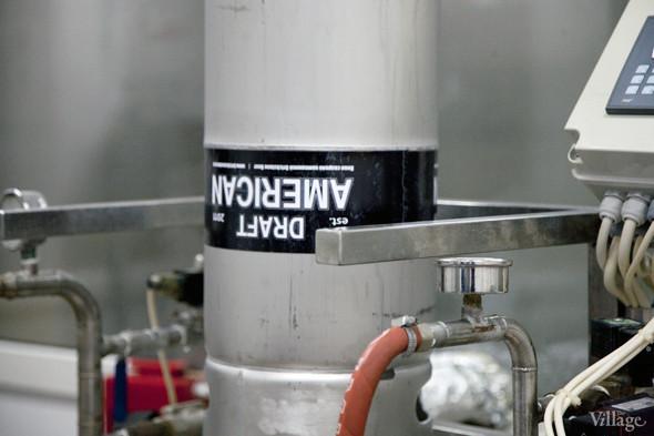 Репортаж: Как варят пиво в частной московской пивоварне. Изображение № 34.