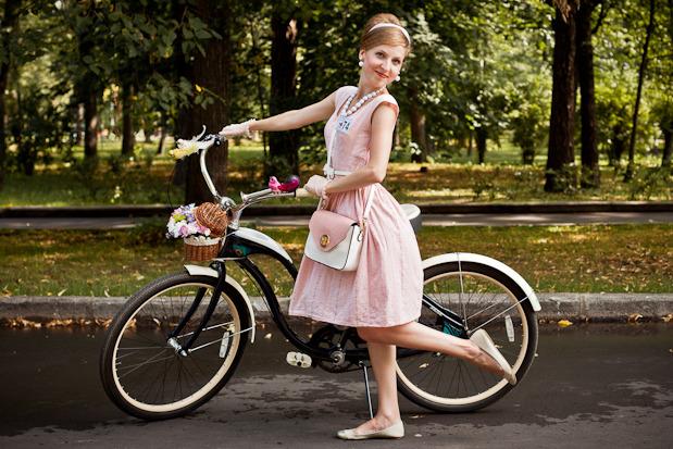 Люди в городе: Участницы парада «Леди на велосипеде». Изображение № 46.