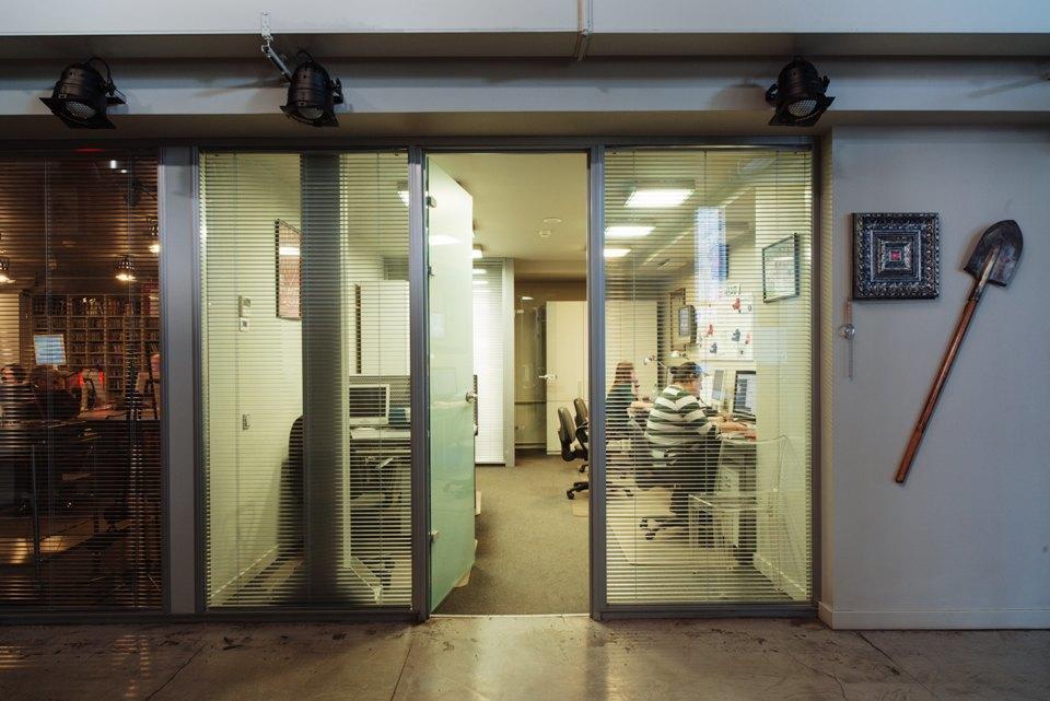 Офис радиостанции «Серебряныйдождь». Изображение № 6.