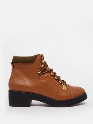 33 пары женской обуви на зиму. Изображение № 21.