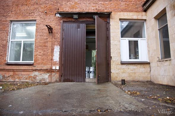 Репортаж: Как варят пиво в частной московской пивоварне. Изображение № 40.