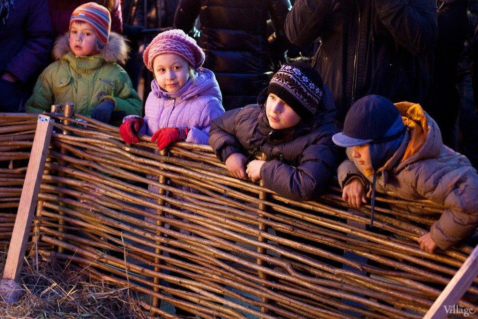 Люди в городе: Рождественская деревня ВВЦ. Изображение № 11.