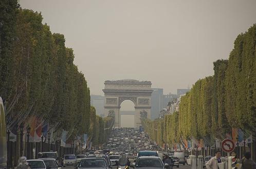 Елисейские поля в Париже, http://www.flickr.com/people/i_z_a_b_e_l/. Изображение № 3.