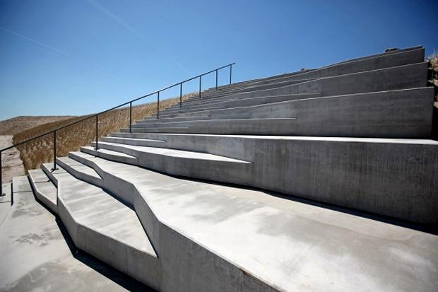 Универсальная лестница, которую можно использовать в качестве амфитеатра. Проект Яна Кенингса. Изображение № 4.